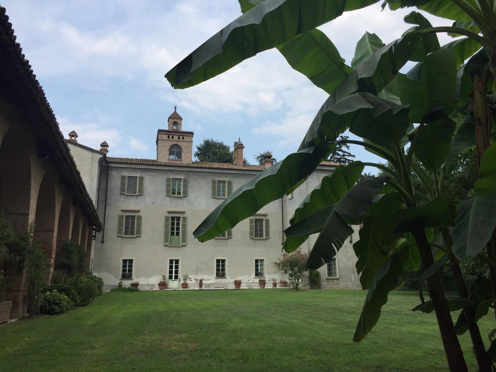 Casa di lusso villa lambertenghi milano for Piani di casa vittoriana di lusso